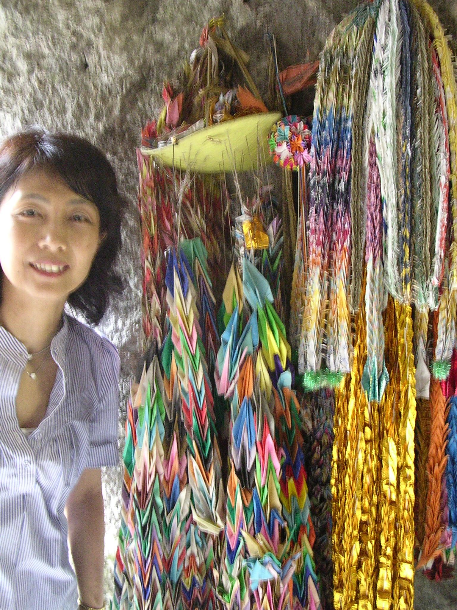 Hiromi With Paper Crane Chains, Kamakura, photo by JBG